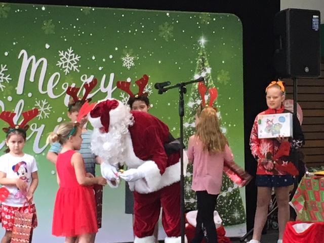 Santa Arrives at the Plaza!